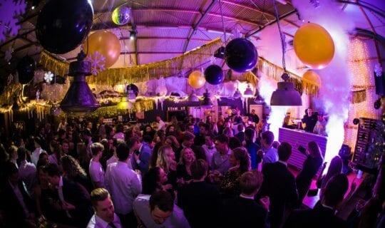 Huwelijksfeest in Amsterdam Loods 7